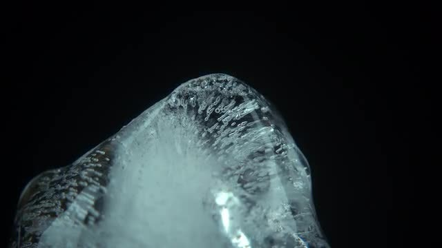 Time Lapse Of Ice Melting: Stock Video