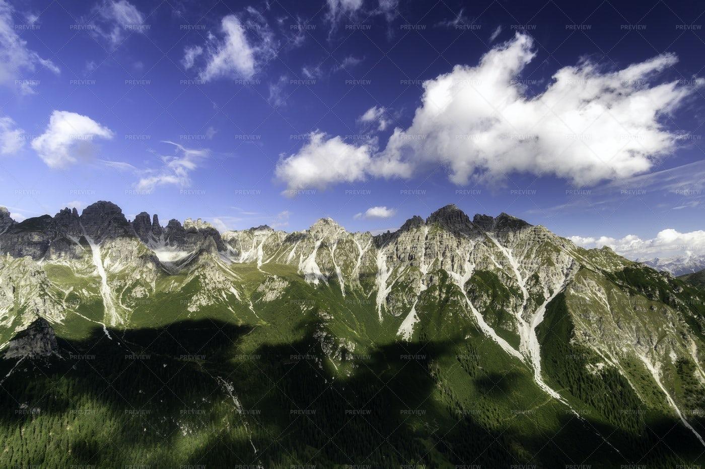 Mountain Saddle Kreuzjoch: Stock Photos