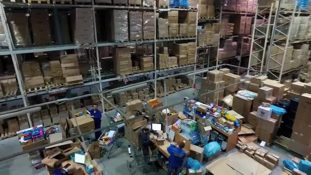 Packing Boxes In Warehouse : Stock Video