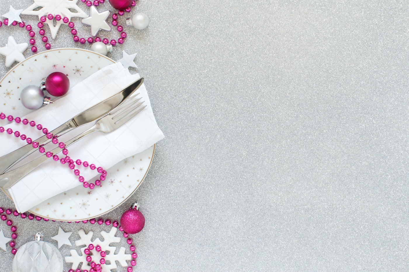 Silver And Pink Christmas Table Setting: Stock Photos