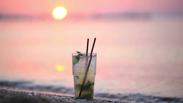 Mojito Cocktail On The Seashore: Stock Video