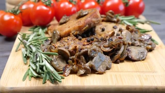 Fried Pork And Grilled Mushrooms : Stock Video