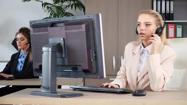 Revealing Shot Of Call Center : Stock Video