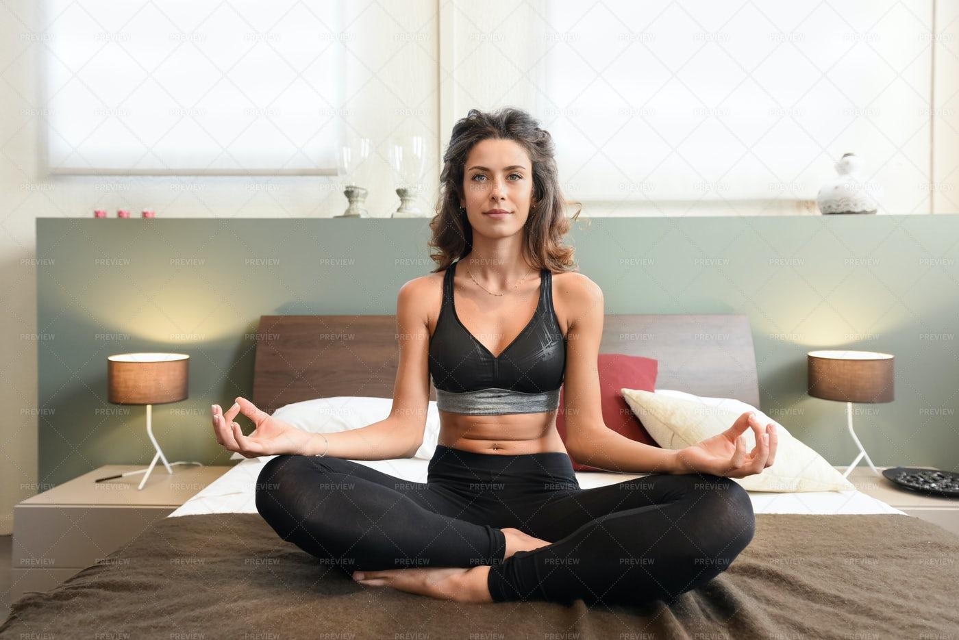 Fit Healthy Woman Meditating: Stock Photos