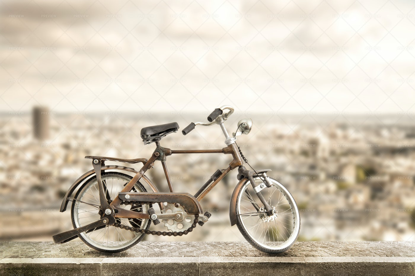 Bicycle In Urban Sidewalk: Stock Photos