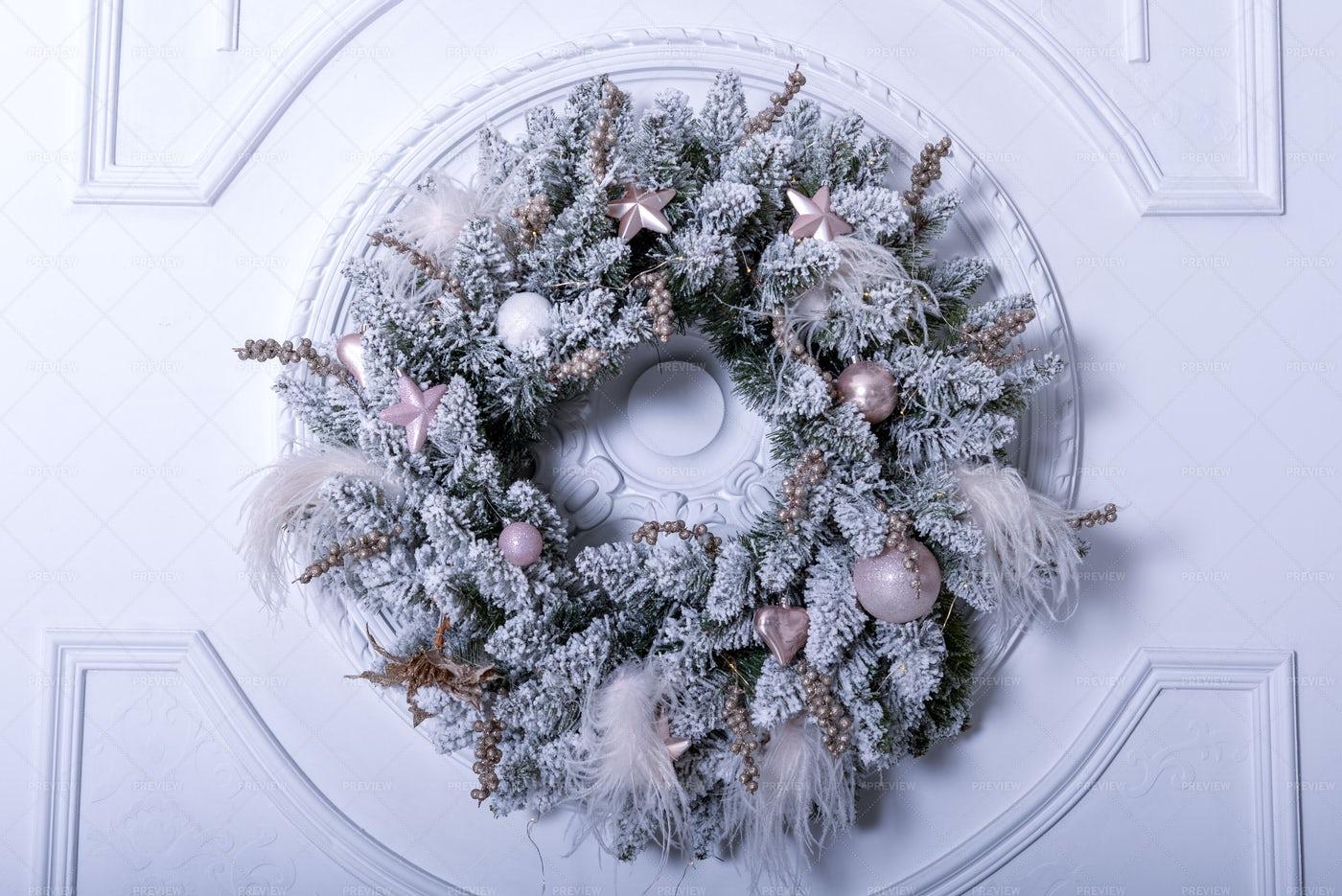 Silver Christmas Wreath: Stock Photos