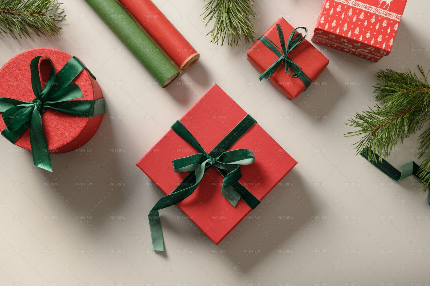 Christmas Red And Green Gifts: Stock Photos