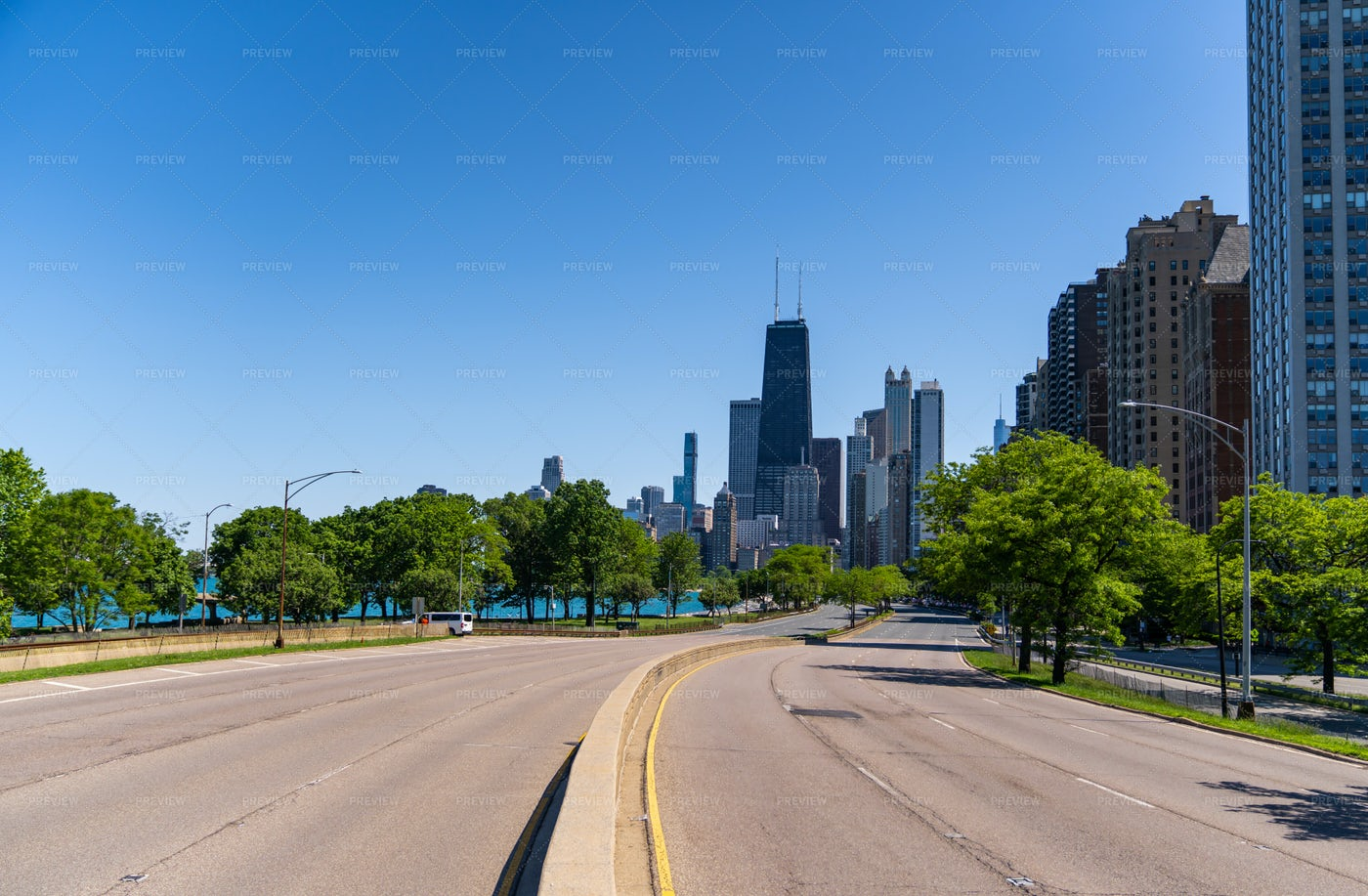 Chicago Downtown Skyline: Stock Photos