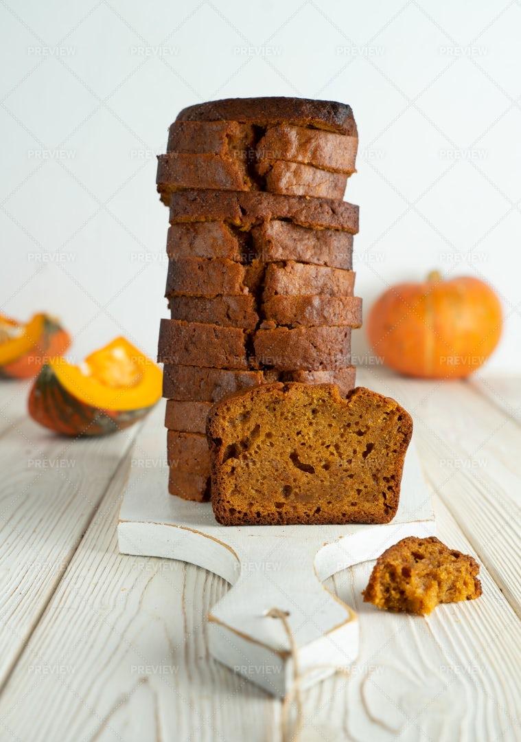 Sliced Pumpkin Bread: Stock Photos