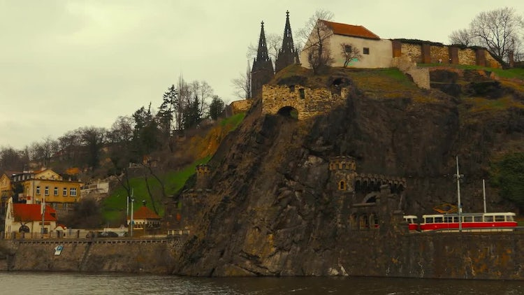 The North Bank of The Vltava River in Prague: Stock Video