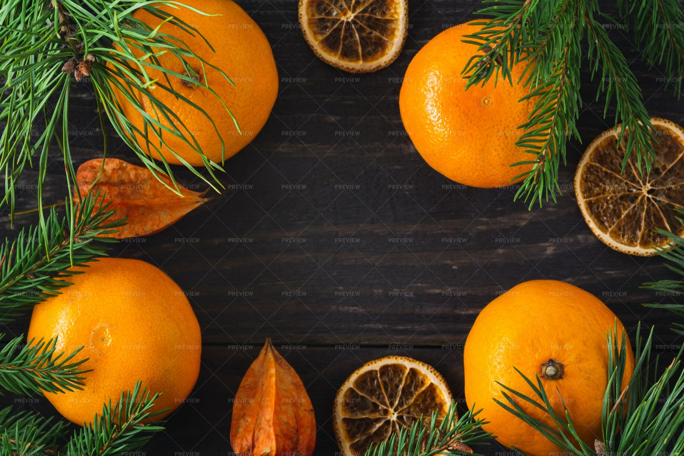 Dried Tangerines Fir Tree Branches: Stock Photos