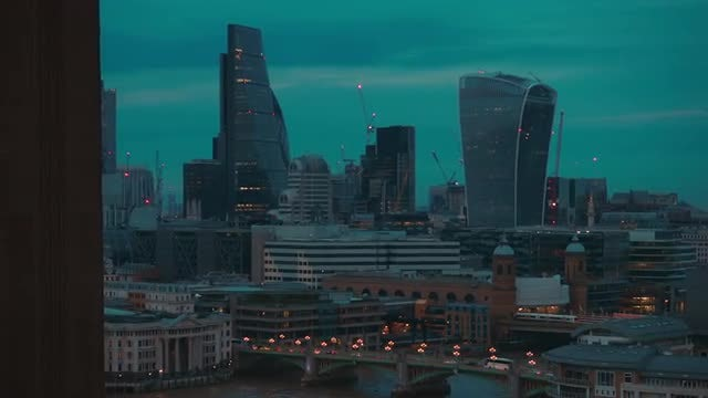 London And St Paul's Cathedral : Stock Video