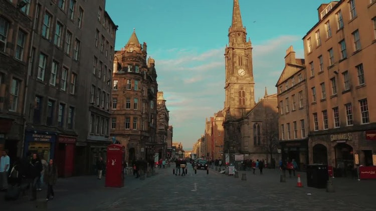 Royal Mile In Edinburgh : Stock Video