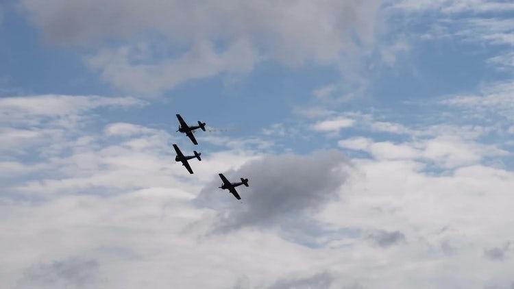 Three Retro Planes Demo Performance : Stock Video
