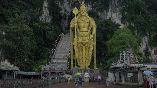 Batu Caves And Murugan Statue In Malaysia: Stock Video