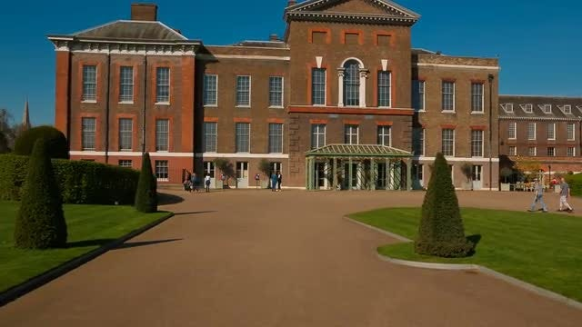 Entrance Of Kensington Palace, London: Stock Video
