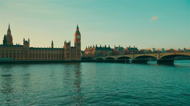 Wide Angle View Of Westminster: Stock Video