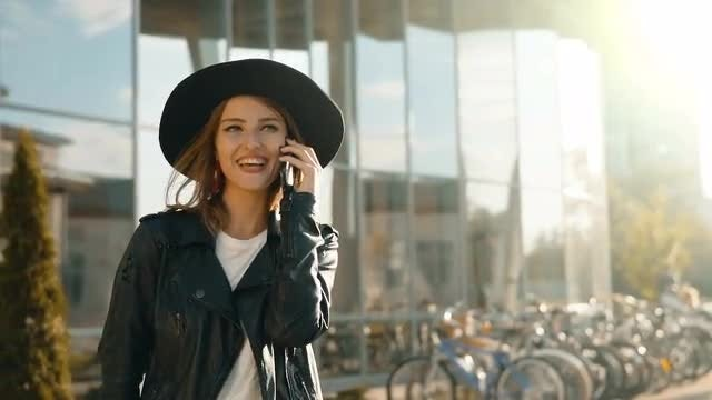Girl Talking On Phone Happily: Stock Video