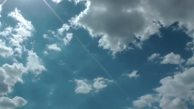 Blue Sky With Lens Flare: Stock Video