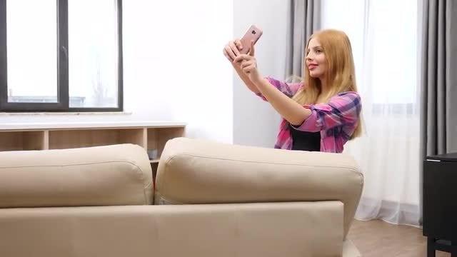 Selfie In The Living Room: Stock Video