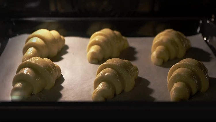 Time Lapse Of Baking Croissants : Stock Video
