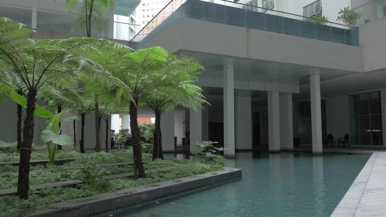 Unusual Multi-layered Fountain: Stock Video