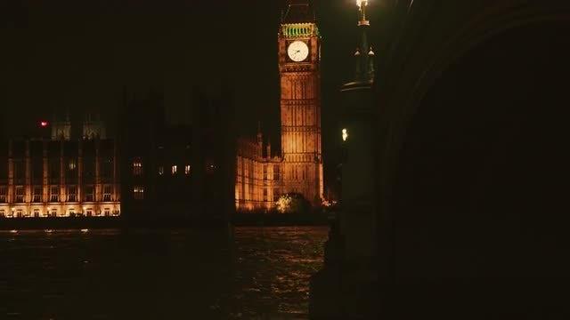 Big Ben And Westminster Bridge : Stock Video