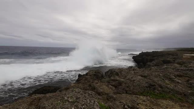 Huge Waves Crashing Into Cliffs: Stock Video