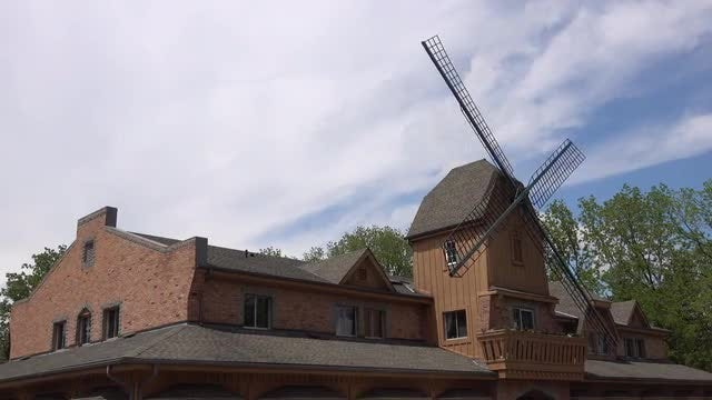 Traditional Windmill Spinning : Stock Video