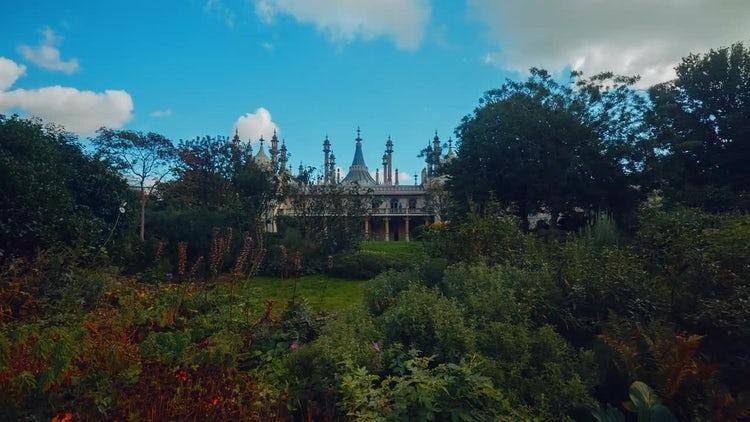 Panning Shot of the Royal Pavilion: Stock Video