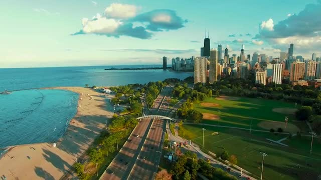 Chicago Lakefront Park: Stock Video