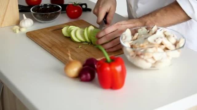 Cutting A Zucchini: Stock Video