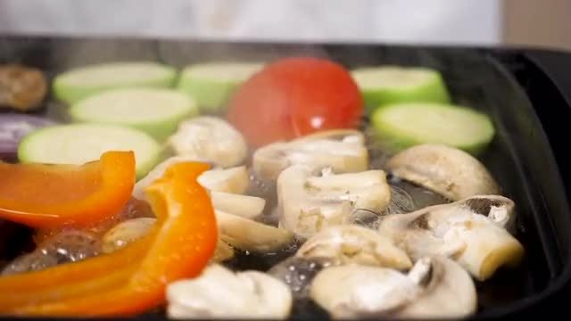Different Types Of Vegetables Steaming: Stock Video