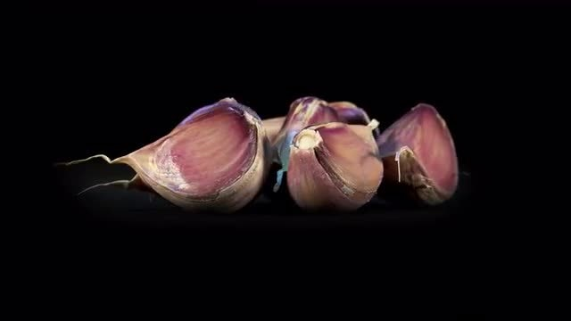 Purple Garlic Cloves Rotating : Stock Video