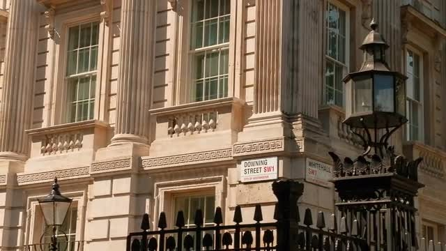 No. 10 Downing Street: Stock Video