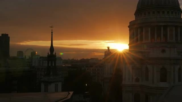 Sunset At St. Paul's Cathedral: Stock Video