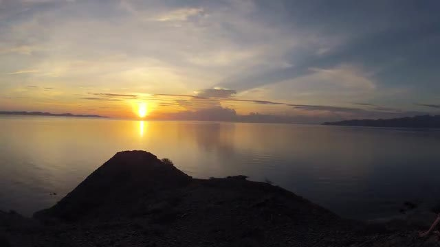 Gold And Silver Sunrise : Stock Video