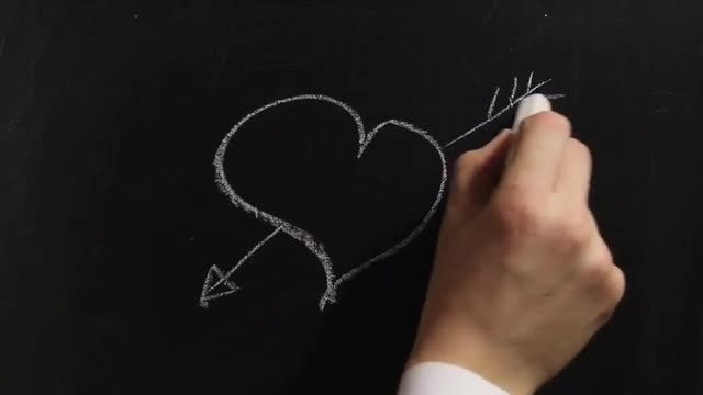 Chalkboard Drawing Of Heart: Stock Video