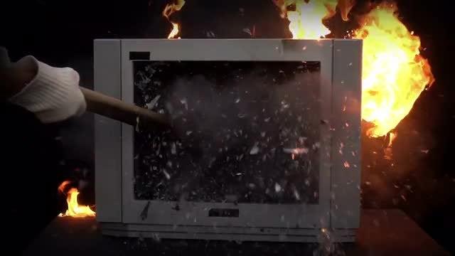 Broken TV: Stock Video