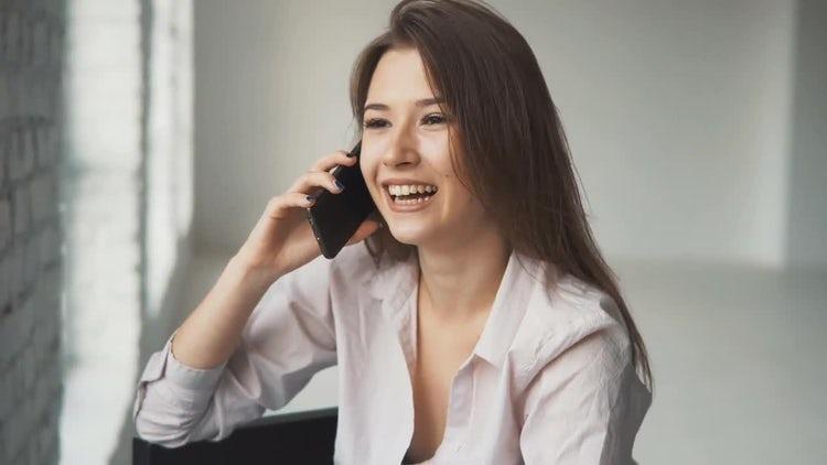Happy Girl Talking On Cellphone: Stock Video