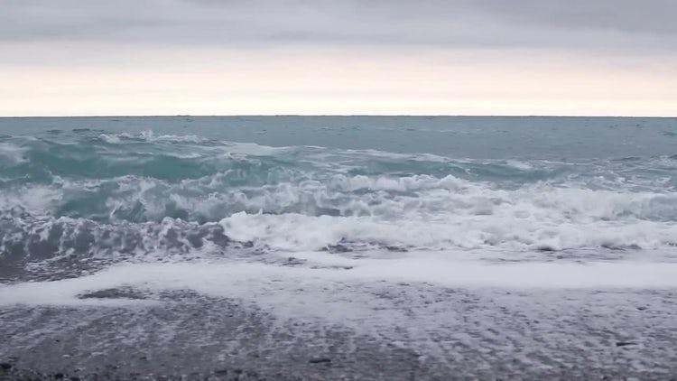 Ocean Waves Rolling In : Stock Video