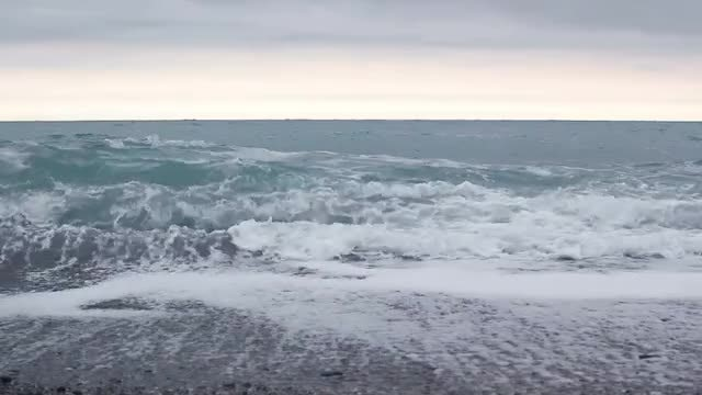 Ocean Waves Rolling In : Stock Video