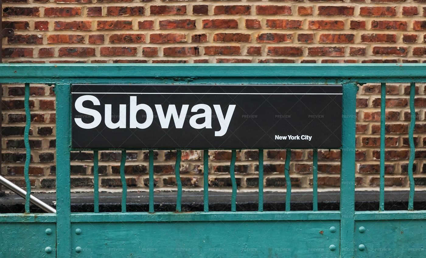 Subway Sign In New York City: Stock Photos