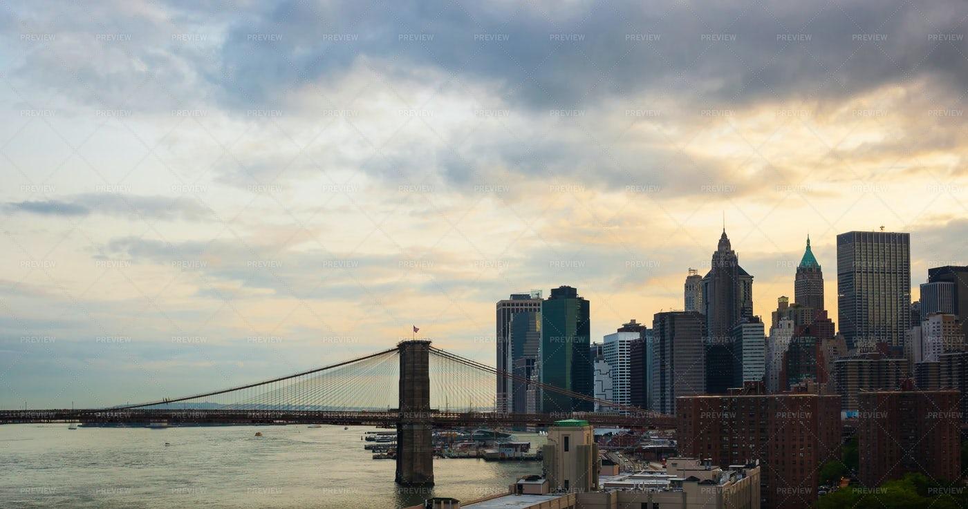 Manhattan Skyline At Sunset: Stock Photos