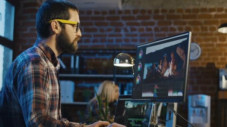 Man Working On Video Edit: Stock Video