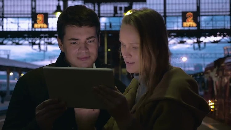Man And Woman Using Tablet: Stock Video