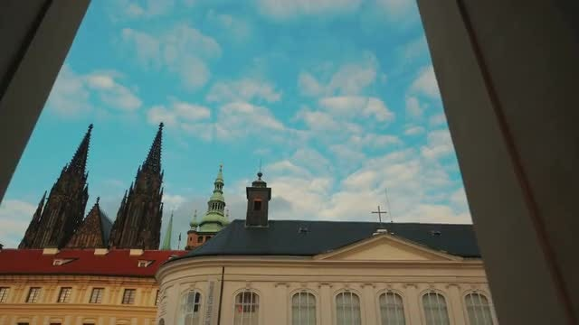 Entering The Prague Castle: Stock Video