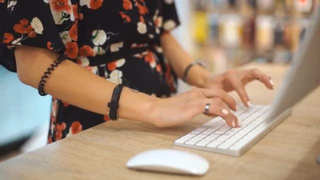 Woman Typing On Keyboard: Stock Video