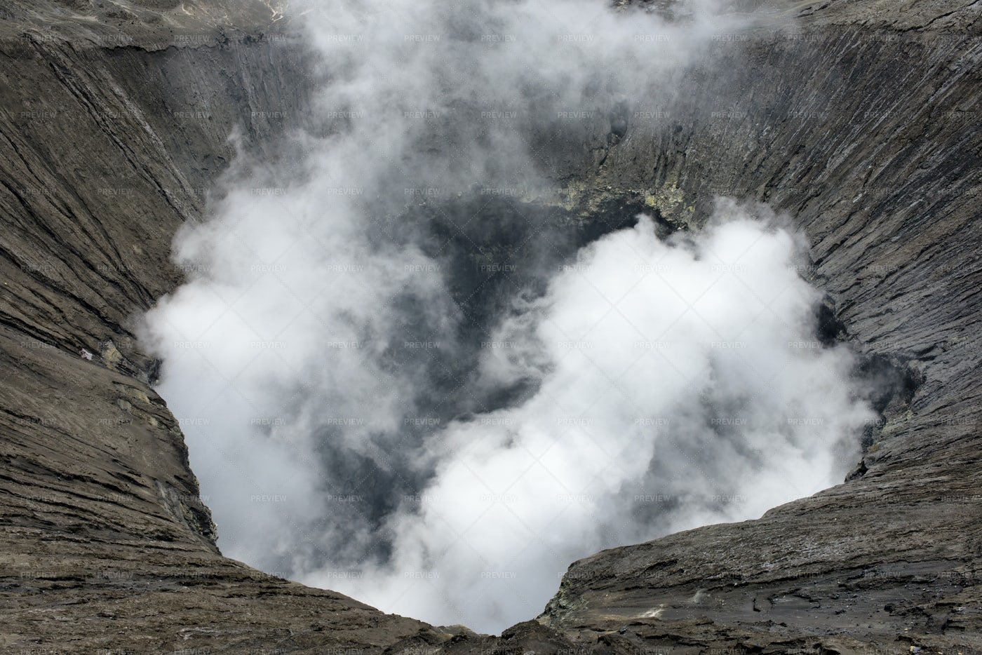 Active Volcano Crater: Stock Photos
