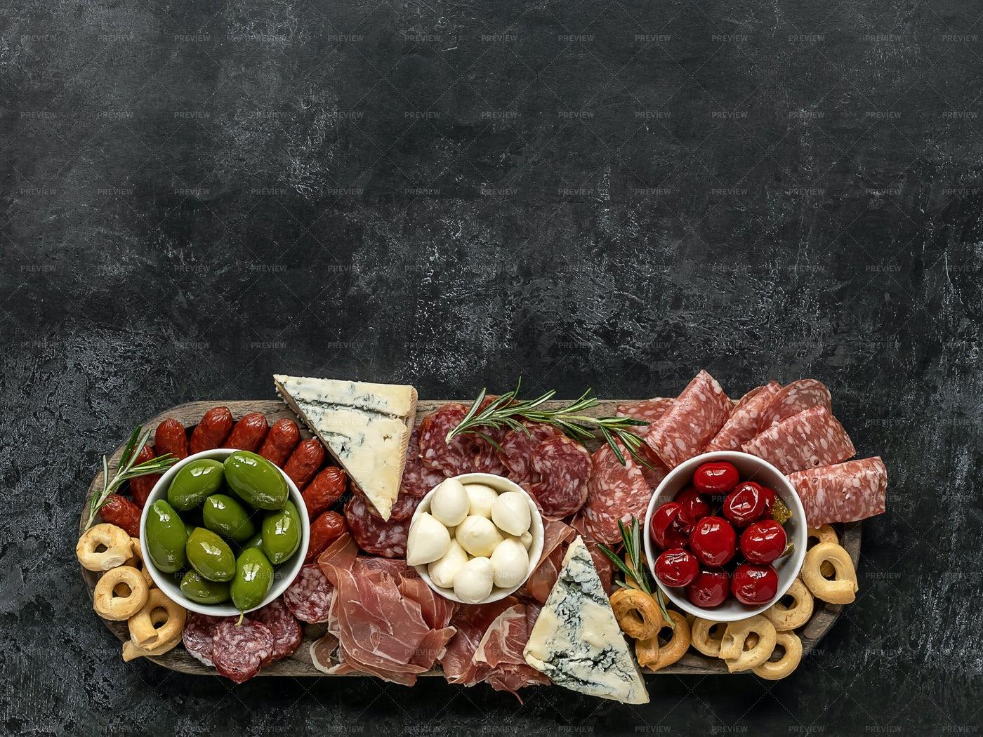 Charcuterie Appetizer Board: Stock Photos